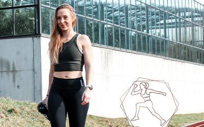 Warum du auch als Frau unbedingt Oberkörper trainieren solltest!