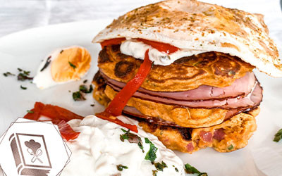 Herzhafte Pancakes mit Süßkartoffel-Teig